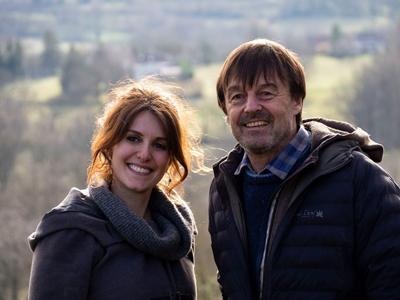 Fanny Agostini et Nicolas Hulot dans En Terre ferme